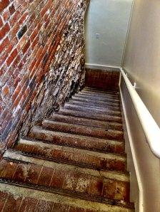 StairwayToPublicRestrooms_2